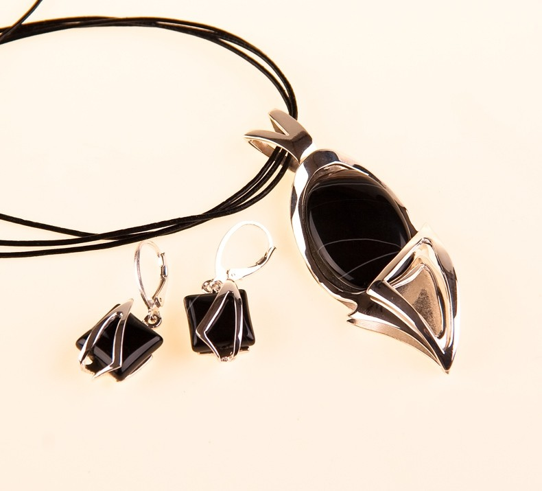Onyx Silber  Anhänger (Ohrringe verkauft) mit Lederhalsband.UNIKAT